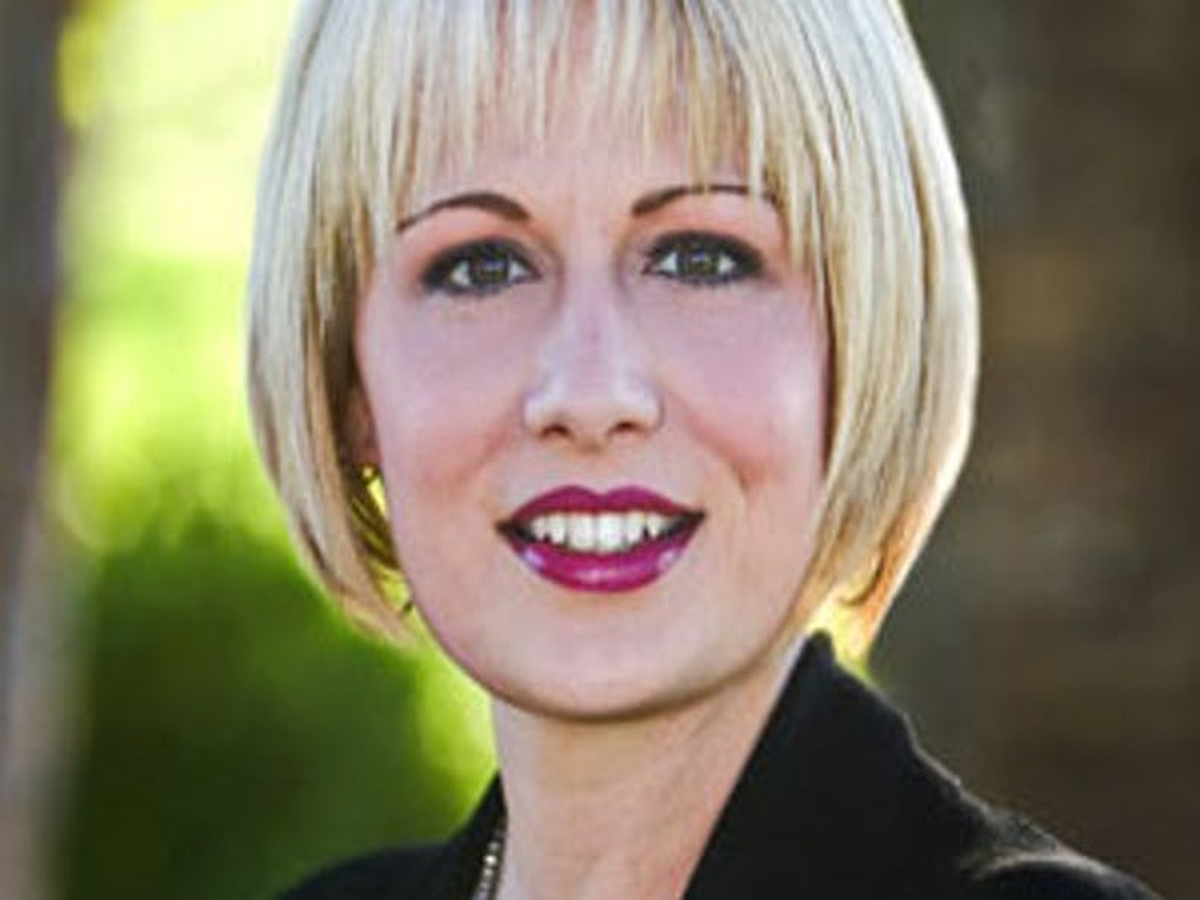 Openly bisexual Arizona state Senator announces bid for U.S. Congress