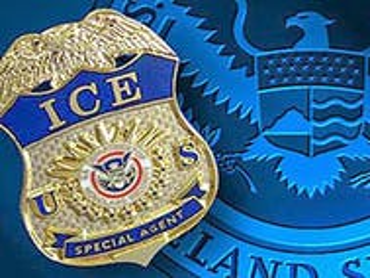 U.S. immigration officials free gay Ethiopian man pending asylum request