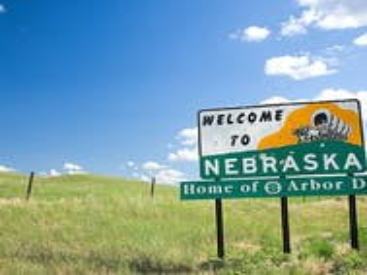 Federal judge strikes down Nebraska same-sex marriage ban