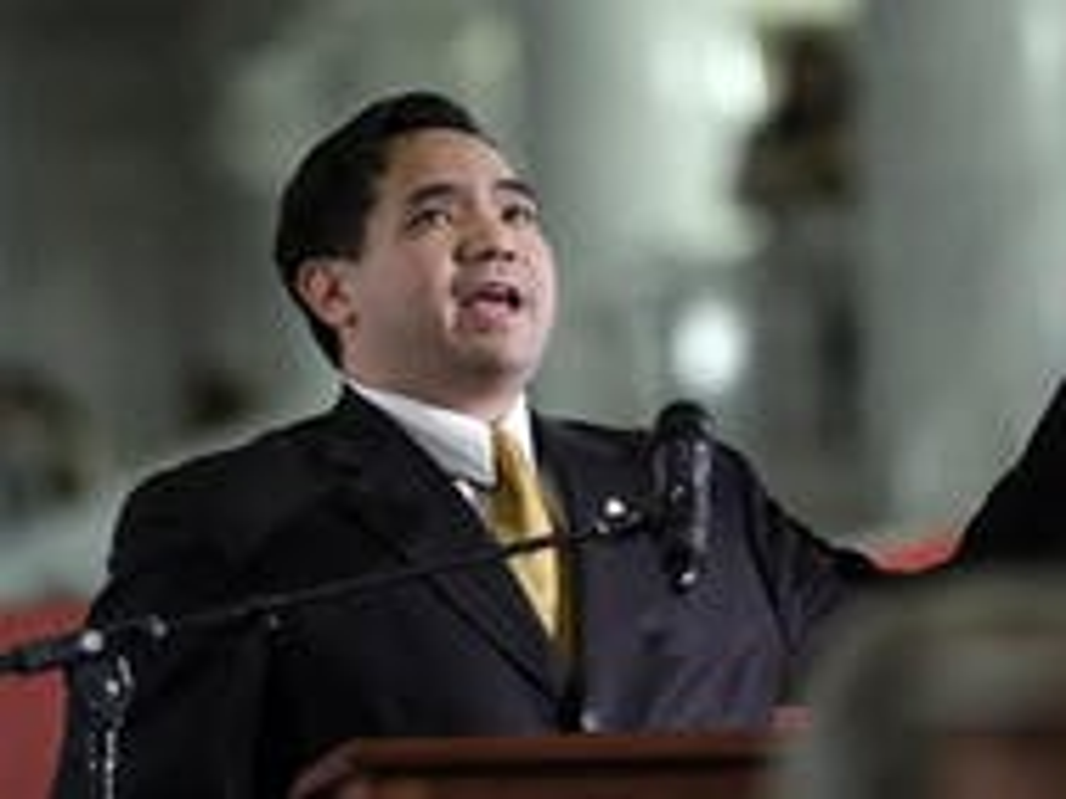Utah AG misses filing deadline in appeal of same-sex marriage ruling