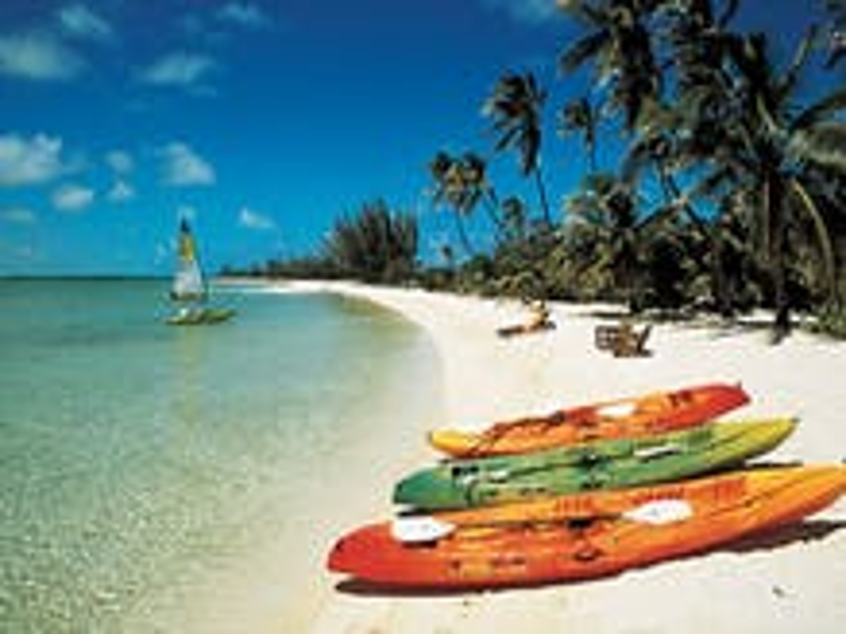 Bahamas gay pride weekend cut short by death threats