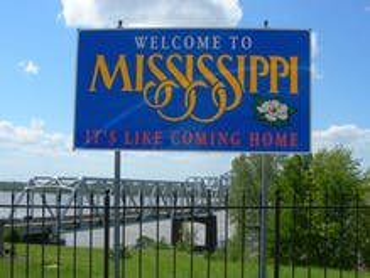 Federal judge overturns Mississippi same-sex marriage ban, ruling stayed