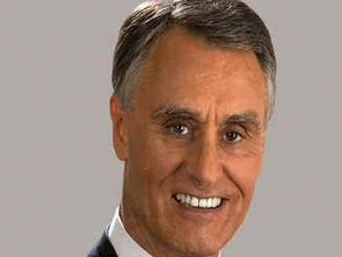 Portugal's president blocks laws on gay adoption