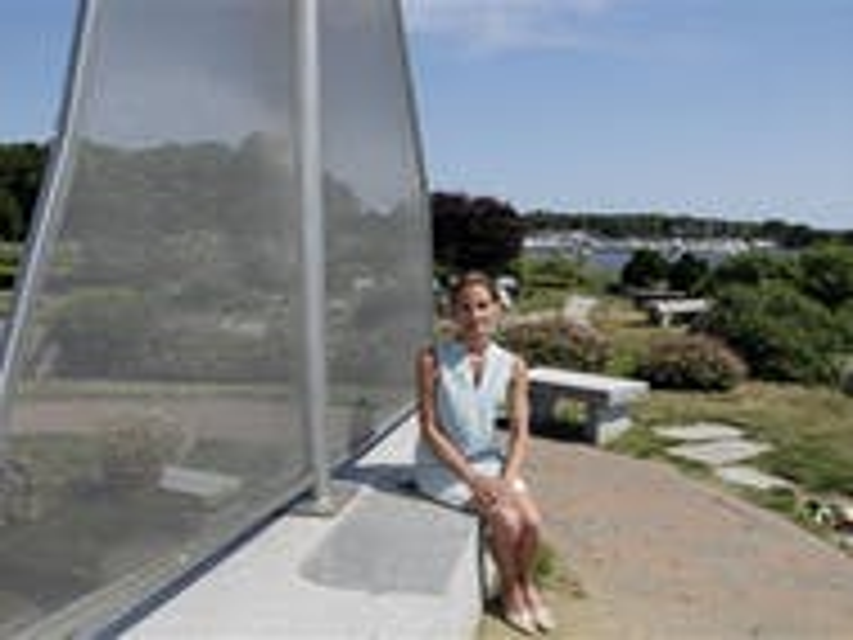 No lesbians allowed: Rhode Island yacht club keeps 'men only' policy